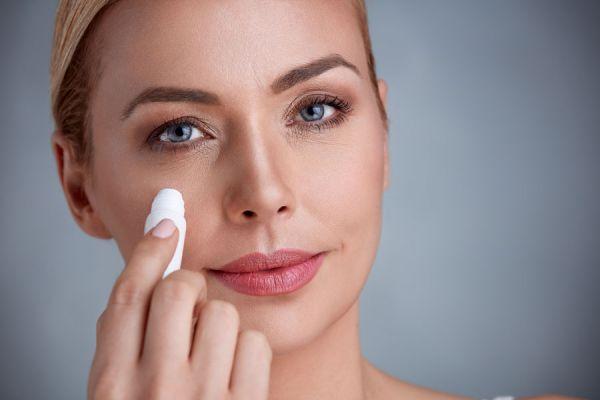 Reduce las venas de la cara con mascarillas naturales