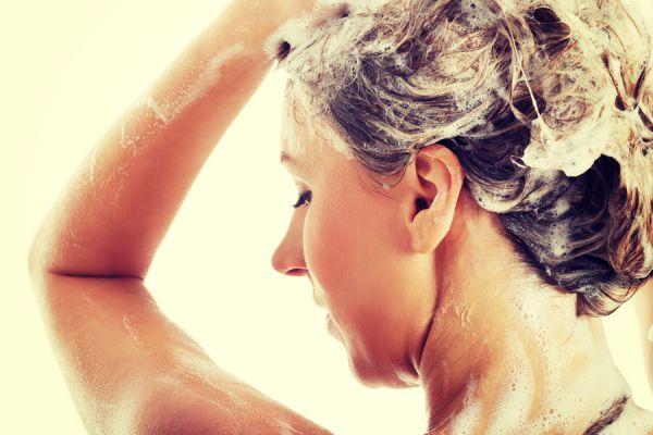 Remedios caseros para la comezón en la cabeza. Tratamientos para aliviar la comezón en el cuero cabelludo