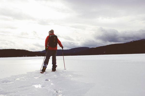 Cómo armar un bolso para esquiar. qué debes llevar para esquiar. Armar el equipaje de ski. Elementos imprescindibles para esquiar