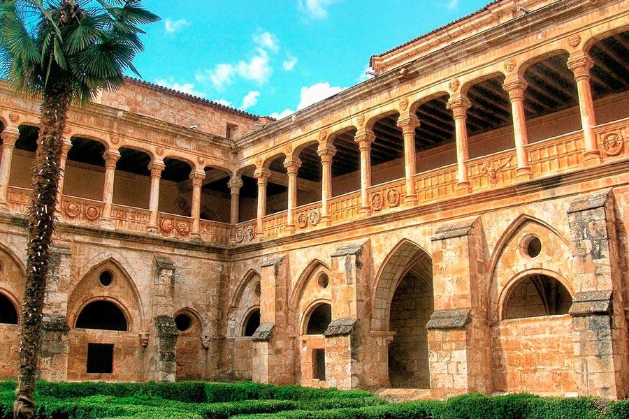 Monasterios principales de españa. Cómo recorrer los mejores monasterios de españa