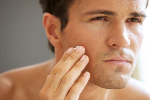 Beneficios de usar aceite de ricino. Cómo aplicar aceite de ricino en los tratamientos de belleza. tips para usar aceite de ricino