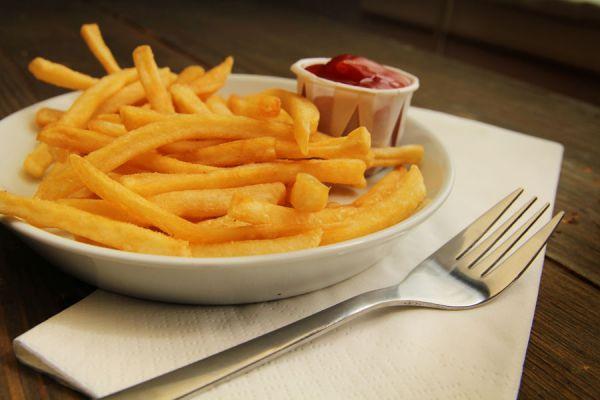 Alimentos que no debes consumir para evitar las grasas trans. tips para evitar el consumo de grasas trans. Qué son las grasas trans y cómo evitarlas