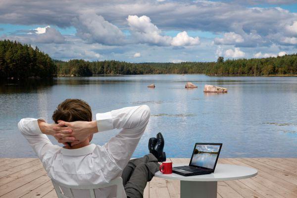 Cómo costear tus viajes con un blog. Pasos para crear un blog de viajes y ganar dinero. Claves para crear un blog de viajeros