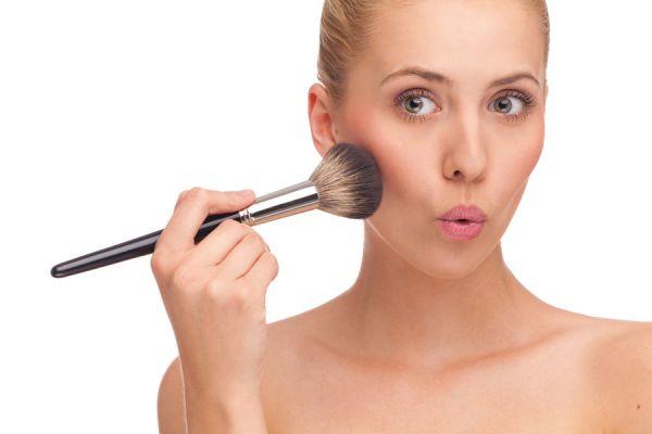 Reglas de uso del maquillaje. Guía para maquillarte como una profesional. Tips útiles para aplicar el maquillaje.