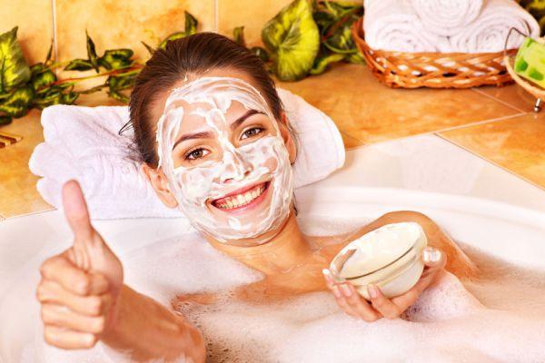 Cómo borrar manchas en la  piel con mascarillas. Recetas de mascarillas para las manchas de la piel. Mascarillas para quitar manchas en la piel