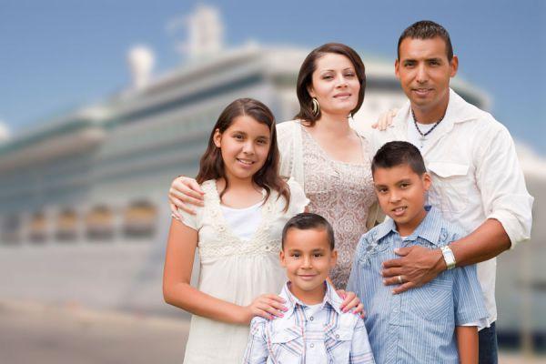 Consejos para hacer un viaje en crucero con niños. Tips para que los niños disfruten de un crucero. Vacaciones en crucero con niños