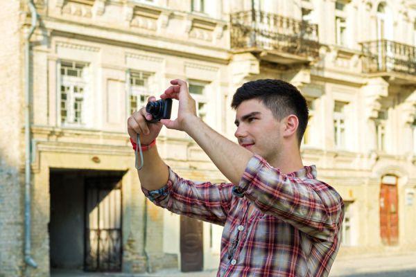 Tips de cámaras de fotos para las vacaciones. Qué cámara de fotos llevar para un viaje. Guía para comprar una cámara de fotos para viajar