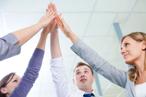 Ideas para que los empleados no renuncien. Tips para retener a los empleados de tu empresa. Cómo retener empleados y evitar que dejen la empresa