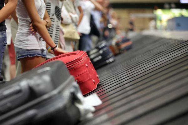 Métodos para marcar el equipaje y no perderlo. Algunas ideas para marcar las maletas y no perderlas. Cómo evitar extraviar las maletas
