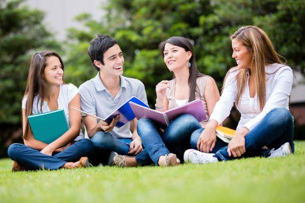 Claves para elegir una carrera profesional. Cómo saber qué carrera estudiar. Tips para saber qué estudiar. Consejos para elegir una carrera de estudio