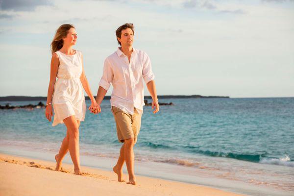 Tips para evitar pelear con tu pareja en un viaje. Causas comunes de peleas de pareja en vacaciones. Cómo evitar las peleas con tu pareja en un viaje