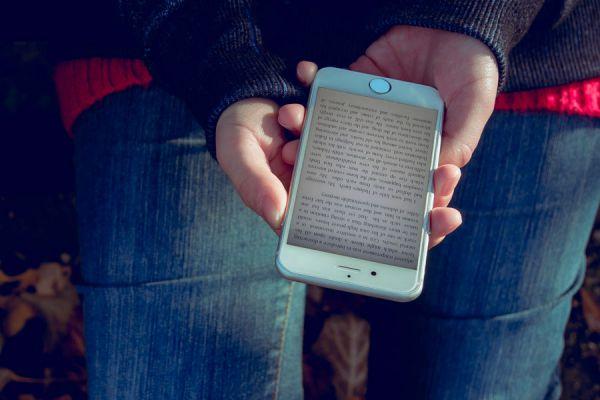 Cómo leer ebooks en un móvil. Apps para leer libros digitales en el móvil. Aplicaciones de Android para leer libros digitales en el móvil