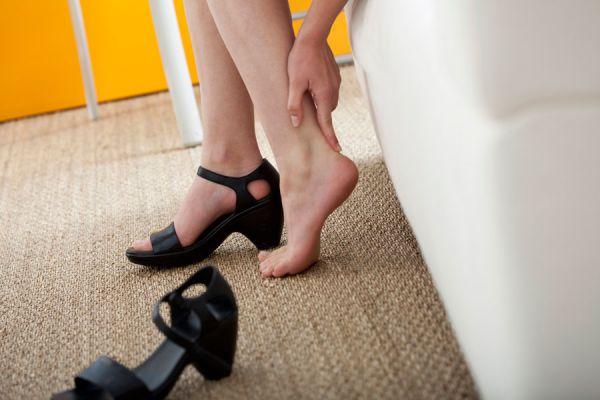 Métodos natural para eliminar los callos. Cómo quitar callosidades en los pies. Tratamiento natural para quitar callos y callosidades en los pies