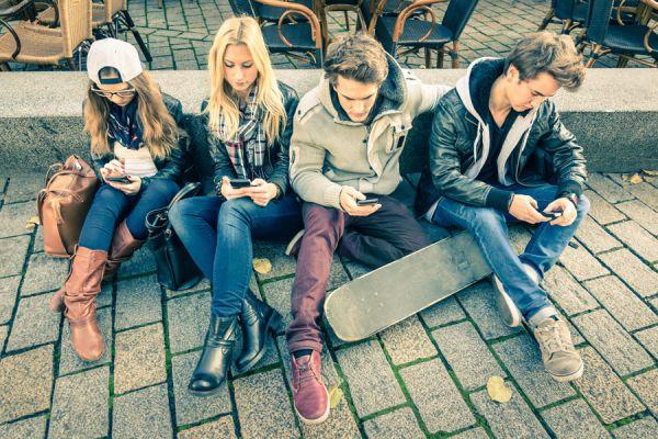 Apps móviles para conseguir citas. Cómo ligar desde su smartphone. Aplicaciones útiles para ligar con gente. Las mejores aplicaciones para tener citas