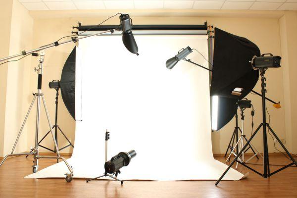 Técnica de iluminación para fotografos. Iluminar con dos luces, técnicas de fotografía. Cómo lograr efectos al iluminar con dos luces