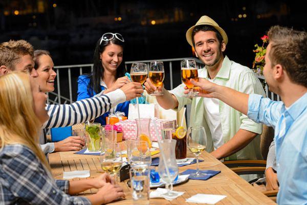 Tips para evitar conflictos con amigos en un viaje. Consejos para convivir con amigos durante las vacaciones.