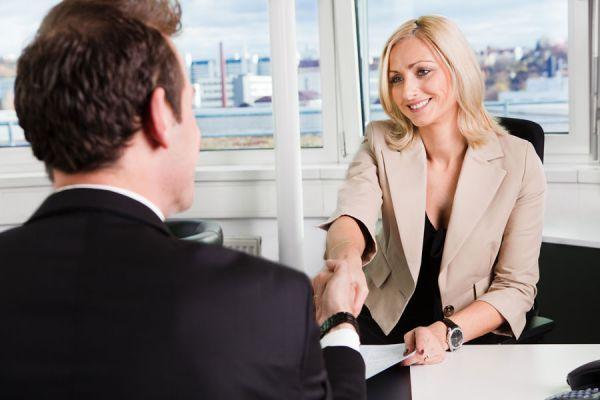 Tips para lograr una mejor relación con los empleados. Cómo mejorar la relación del jefe con sus empleados. Claves para una mejor relación laboral