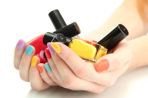 Resultado de imagen para barniz uñas colores