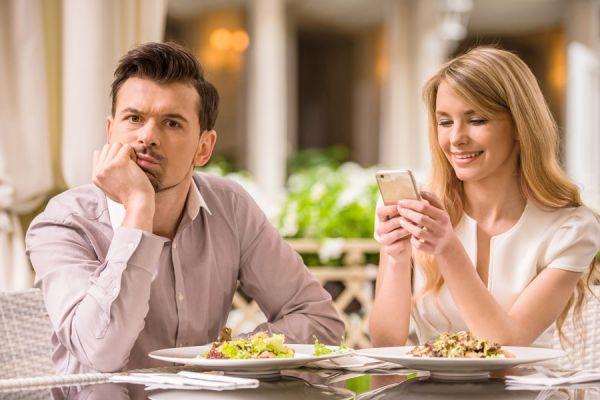 El problema de dar demasiado en la relación. Preguntas para saber si estás dando demasiado en la pareja. Eres quien da demasiado en la relación?