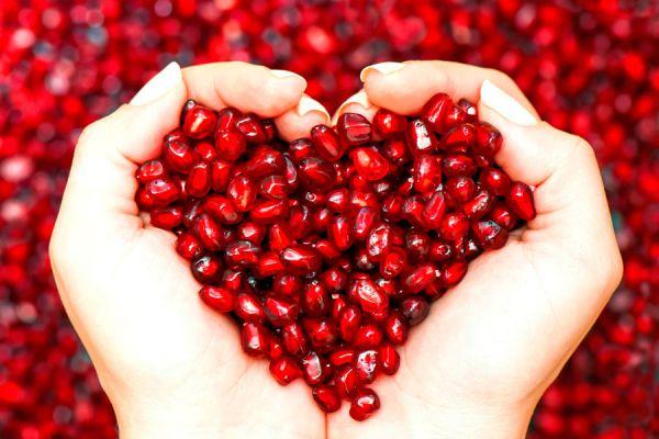 Cómo consumir el fruto de la granada. Propiedades de las semillas de granada. Cómo consumir granada para aprovechar sus beneficios