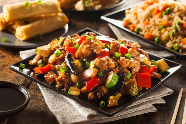 Pollo kung pao casero. Preparación del pollo kung pao casero. Ingredientes y preparación del pollo kung pao.