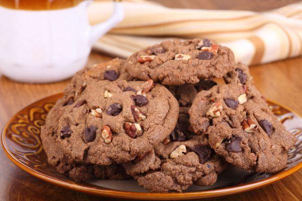 Pasos para hacer galletas con chispas de chocolate. Galletas con chispas de chocolate fáciles. Recetal para preparar galletas con chispas de chocolate