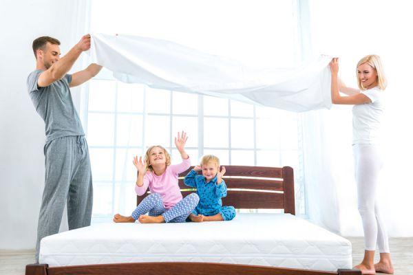 Método para enseñar a los hijos a tender sus camas. Consejos para enseñar a tender al cama a los hijos. Enseña a tus hijos a tender la cama