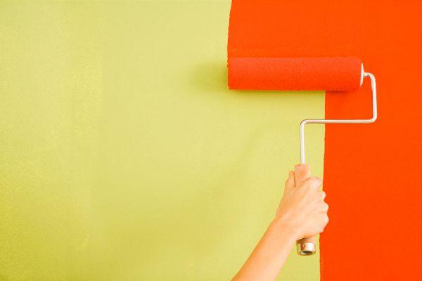 Cómo pintar las paredes con humedad. Cómo pintar un techo con humedad. Pasos para pintar un muro con humedad. Pintar paredes con humedad