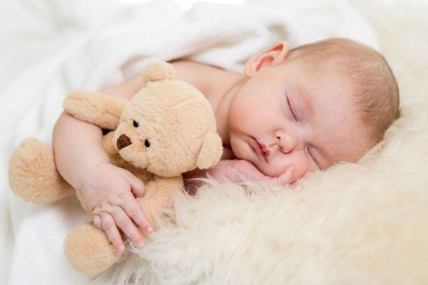Motivos para dormir al desnudo. 6 beneficios de dormir desnudos. Por qué dormir sin ropa?