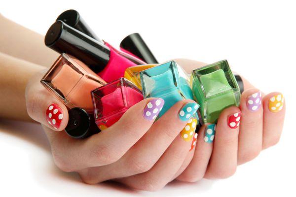 Pasos para pintar las uñas como una profesional. Consejos útiles para pintarse las uñas en casa.