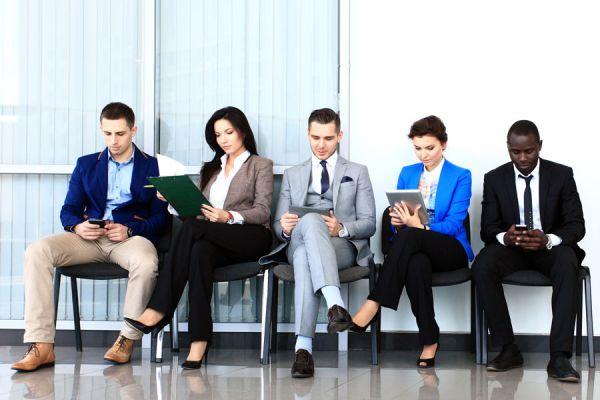 Preguntas aptas en una entrevista de trabajo. Preguntas que si puedes hacer durante una entrevista. Qué puedo preguntar en una entrevista laboral?