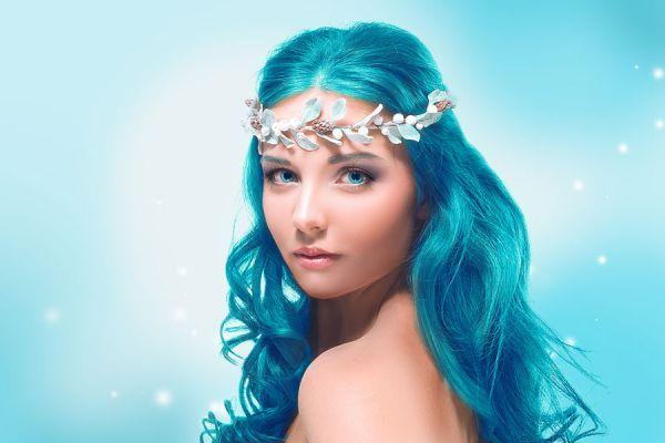 Tinte natural para el pelo. Cómo usar la pintura casera para el cabello. Cómo teñir el pelo con una pintura temporal.