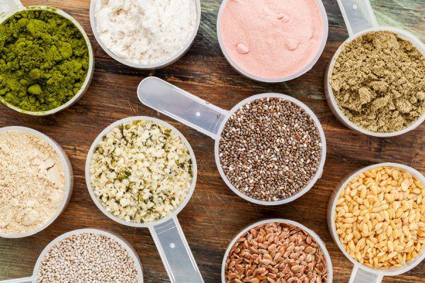 Semillas y polvos son ingredientes principales de los batidos de proteínas