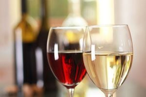 Ilustración de A qué temperatura se debe servir el vino