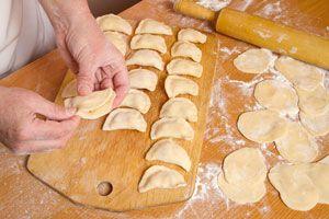 Ilustración de Cómo saber si la masa casera de empanadas están en su punto