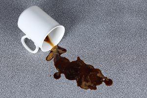 Ilustración de Cómo quitar las manchas de café