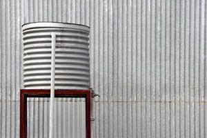 Ilustración de Cómo mantener en condiciones nuestro tanque de agua