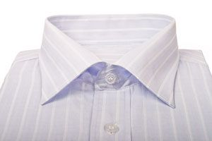 Ilustración de Cómo limpiar los Cuellos de las Camisas