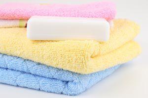 Ilustración de Cómo lavar las prendas de algodón
