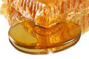 Ilustración de Cómo quitar las manchas de miel