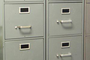 Ilustración de Cómo reutilizar los armarios con cajones abatibles