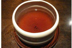 Ilustración de Cómo preparar té rojo o pu-erh