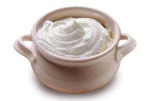 Ilustración de Cómo preparar nata o crema agria