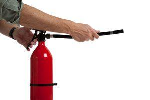 Ilustración de Cómo actuar en caso de incendio en el hogar