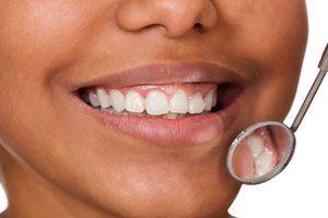 Ilustración de Cómo reconocer las enfermedades periodontales