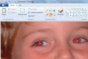 Ilustración de Cómo Corregir los Ojos Rojos en las Fotografías con Paint