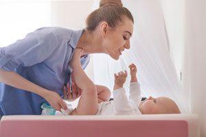 Ilustración de Cómo Saber Qué Significa la Caca de tu Bebé