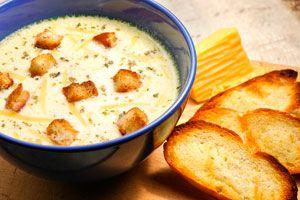 Ilustración de Cómo hacer una sopa de queso en el microondas