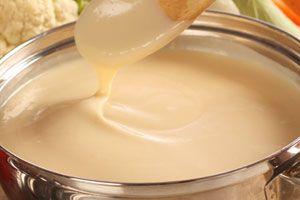 Ilustración de Cómo preparar Salsa Blanca en el Microondas
