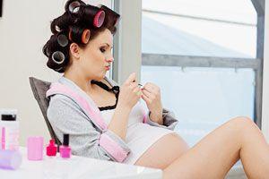 Ilustración de Cómo cuidar el cabello durante el embarazo